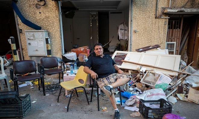 Το σπίτι του Fares Khalife ήταν και το κατάστημά του.