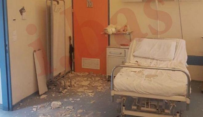 Σοβάς έπεσε σε θάλαμο στο νοσοκομείο Νίκαιας