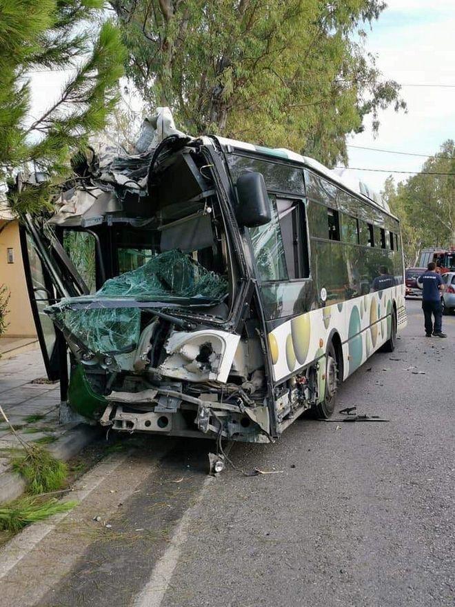 Μενίδι: Τροχαίο με λεωφορείο του ΟΑΣΑ