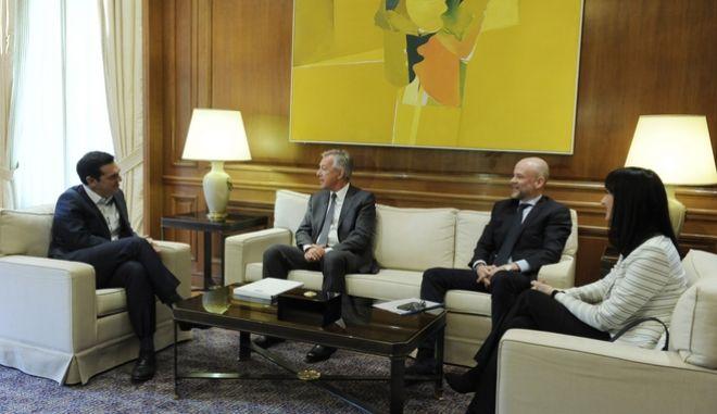 ΑΘΗΝΑ-ΜΕΓΑΡΟ ΜΑΞΙΜΟΥ-Συνάντηση με αντιπροσωπεία του Συνδέσμου Ελληνικών Τουριστικών Επιχειρήσεων (ΣΕΤΕ) είχε  πρωθυπουργός Αλέξης Τσίπρας.(Eurokinissi-ΜΠΟΛΑΡΗ ΤΑΤΙΑΝΑ )