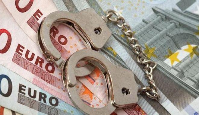 Δεκαεπτά νέες φορολογικές παραβάσεις σε 37 ελέγχους στην Αττική