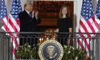 ΗΠΑ: Διορίστηκε η Κόνι Μπάρετ στο Ανώτατο Δικαστήριο - Φιέστα από Τραμπ