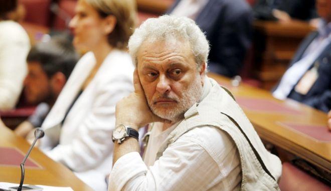 ΑΘΗΝΑ-11-5-2012-Συνεδρίαση της κοινοβουλευτικής ομάδας της Δημοκρατικής Αριστεράς-ΔΗΜΑΡ- στην αίθουσα της Γερουσίας στη Βουλή. Στη φωτογραφία  ο Γρηγόρης Ψαριανός.(EUROKINISSI-ΓΙΩΡΓΟΣ ΚΟΝΤΑΡΙΝΗΣ)