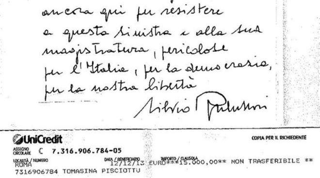 Ο Μπερλουσκόνι δωρίζει για τις γιορτές, 50.000 ευρώ σε ζευγάρι ιταλών ανέργων