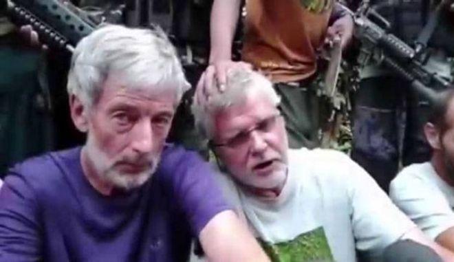 Φιλιππίνες: Ακέφαλο πτώμα κοντά στο σημείο όπου ισλαμιστές εκτέλεσαν Καναδό όμηρο