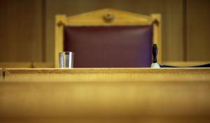 'Παγώνουν' το πόθεν έσχες και για Νομικό Συμβούλιο του Κράτους