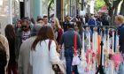 Πάσχα 2019: Ξεκίνησε το εορταστικό ωράριο - Ποιες ώρες και μέρες θα λειτουργούν τα καταστήματα