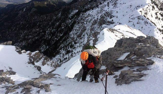 Διάσωση ΕΜΑΚ σε βουνό με χιόνια (φωτογραφία αρχείου)