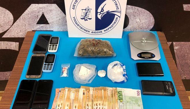 Εξαρθρώθηκε κύκλωμα που διακινούσε ναρκωτικά σε Αττική και Μύκονο