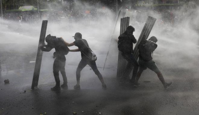 Διαδηλώσεις στη Χιλή κατά της Κυβέρνησης