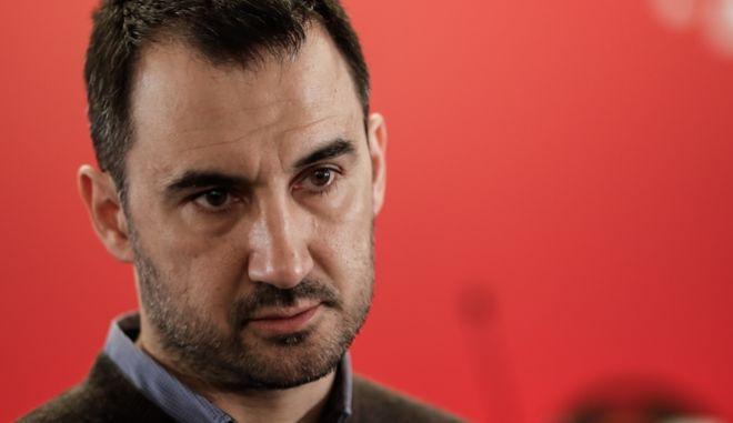 Ο Αλέξης Χαρίτσης στη συνεδρίαση της Κεντρικής Επιτροπής του ΣΥΡΙΖΑ
