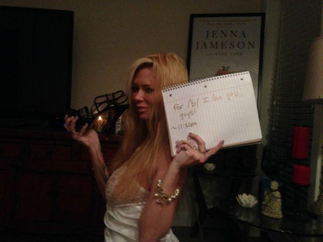 Jenna Jameson: Ξεσκέπασε με το στήθος της, χάκερ που της επιτέθηκε