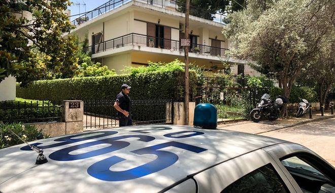 Το σπίτι στην την Αγία Παρασκευή όπου την Παρασκευή 21 Ιουνίου 2019, 35χρονη μαχαίρωσε τον πατέρα της και προσπάθησε να βάλει τέλος στη ζωή της