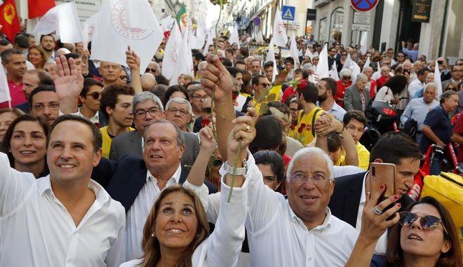 Ο πρωθυπουργός της Πορτογαλίας Αντόνιο Κόστα σε προεκλογική συγκέντρωση