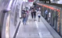 Πώς δρούσαν οι 'ελαφροχέρηδες' πορτοφολάδες του μετρό