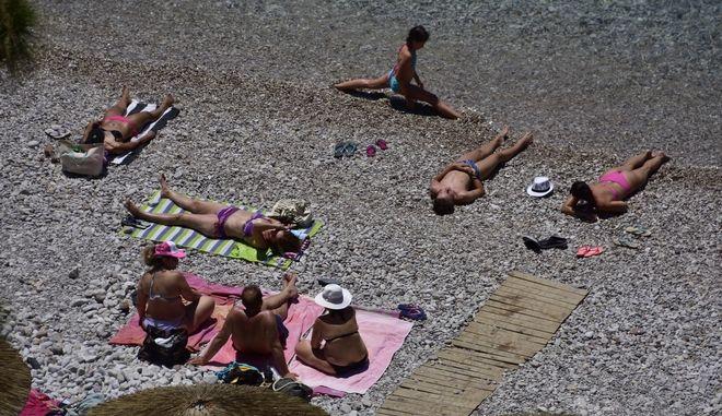 Στιγμιότυπο από παραλία στο Ναύπλιο