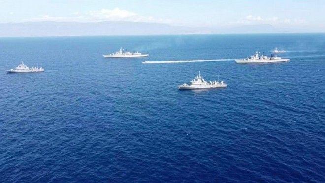 Ο στόλος μας γύρω από το Καστελόριζο - Σε στενό κλοιό το Oruc Reis