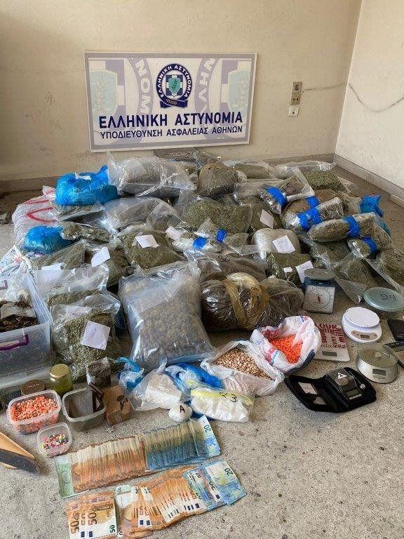 Εξάρχεια: Εξαρθρώθηκε συμμορία διακίνησης ναρκωτικών
