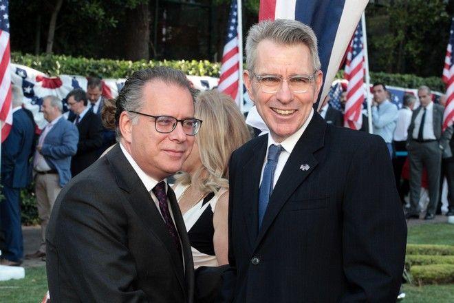 Αμερικάνικη πρεσβεία: Τζέφρι Πάιατ και Γιώργος Κουμουτσάκος.