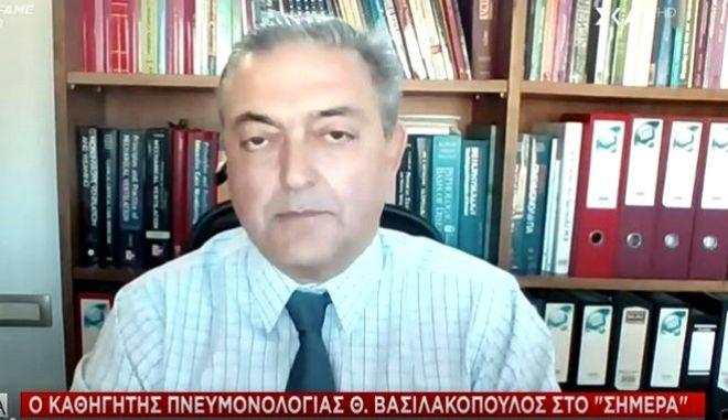 """Βασιλακόπουλος: """"Να ανοίξουν οι μικρές επιχειρήσεις - Θα μετακινηθούμε το Πάσχα"""""""