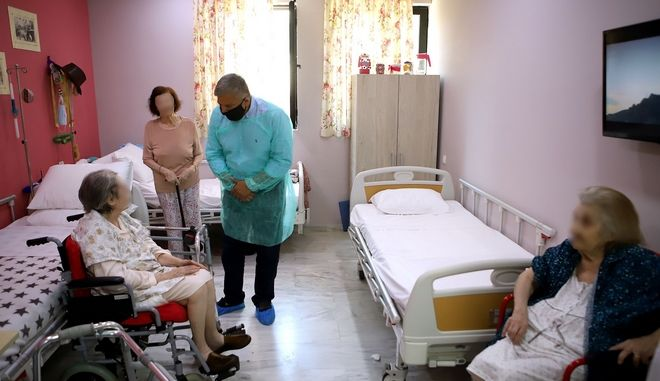 Rapid tests στα γηροκομεία όλης της χώρας