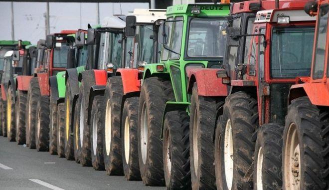 """""""Μαρσάρουν"""" τα τρακτέρ οι αγρότες. Νέες κινητοποιήσεις από την Τρίτη"""