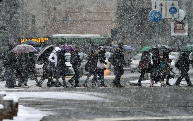 A snowfall has hitting Milan city, In Lombardia, Northern Italy.  ANSA/MATTEO BAZZI