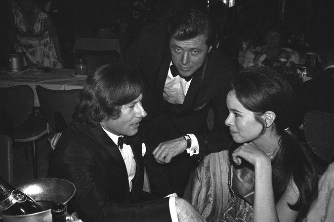 Ο Εντ Μπερνς μαζί με τον Ρομάν Πολάνσκι και την Τζεραλντίν Τσάπλιν το 1966