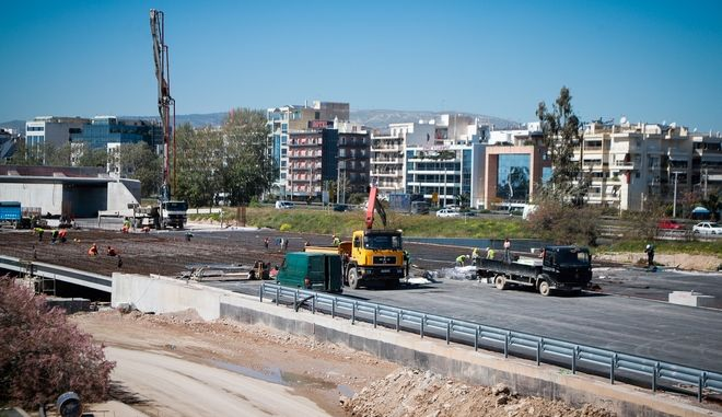 Επίσκεψη της Περιφερειάρχη Αττικής Ρένα Δούρου στα έργα ανάπλασης του Φαληρικού Όρμου, την Δευτέρα 18 Μαρτίου 2019. (EUROKINISSI/ΓΙΩΡΓΟΣ ΚΟΝΤΑΡΙΝΗΣ)