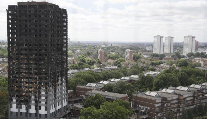 Βρετανία: Ακατάλληλα 181 πολυώροφα κτίρια μετά τους ελέγχους