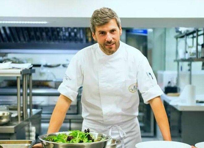 Ο Σεφ Μανώλης Παπουτσάκης, ένας εκ των κριτών του Master Chef Jr