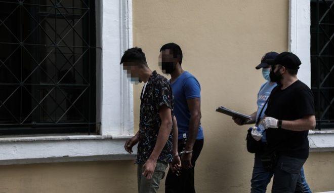 Στο αυτόφωρο οδηγήθηκαν οι δύο κατηγορούμενη για σεξουαλική επίθεση σε γυναίκα στην Αγία Μαρίνα