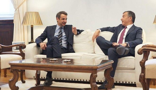 Μητσοτάκης-Θεοδωράκης: Συμφώνησαν σε μεταρρυθμίσεις, διαφώνησαν σε εκλογές