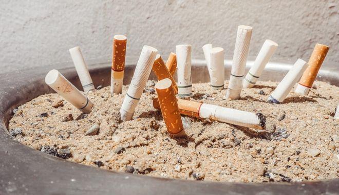 Ένας στους 10 εφήβους στον κόσμο είναι καπνιστής