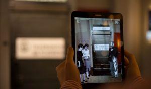 Από τον ακουστικό τηλέγραφο του Μ.Αλεξάνδρου στο κινητό: Η εξέλιξη της επικοινωνίας σε έναν θησαυρό 25.000 εκθεμάτων