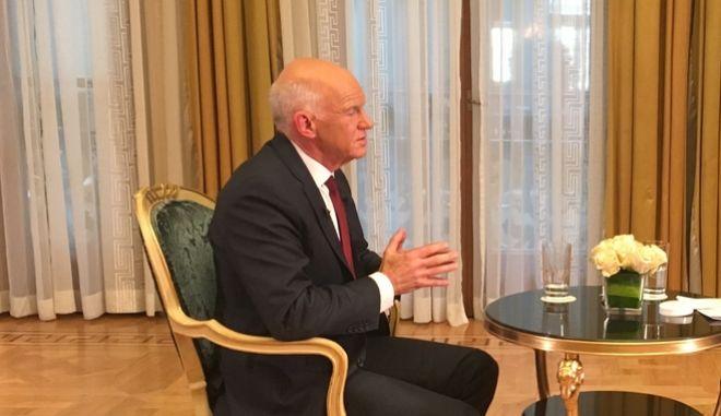 Γιώργος Παπανδρέου: Έδειξε Γεννηματά, χτύπησε ΝΔ και ΣΥΡΙΖΑ