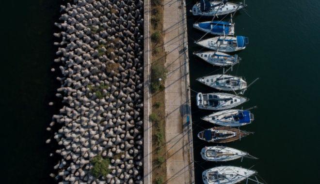 Σκάφη στο Μικρολίμανο