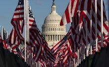 Εκατοντάδες χιλιάδες σημαίες στο National Mall για την ορκωμοσία του Μπάιντεν