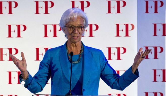 Εκτός ελληνικού προγράμματος το ΔΝΤ