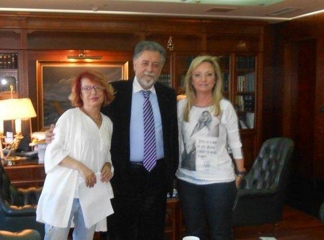 Μετά το άρθρο παρέμβαση για 'καθαρόαιμους' αριστερούς ο Γ. Πανούσης αποφασίζει για την προστασία των ζώων