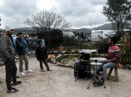 Πρόστιμο 5.000€ για παιδικά πάρτι έξω από το ΚΥΤ της ΒΙΑΛ στην Χίο ...