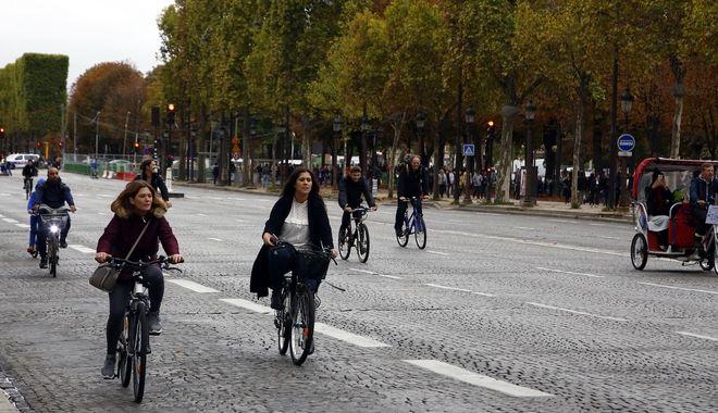 Παρίσι: Στα 30 χιλιόμετρα πέφτει το όριο ταχύτητας