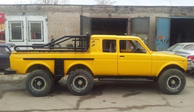Το Lada Niva 6X6 έρχεται από μακρινή Σαμάρα της Ρωσίας