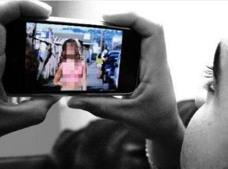 Φωτογραφίες γυμνό έφηβες κορίτσια