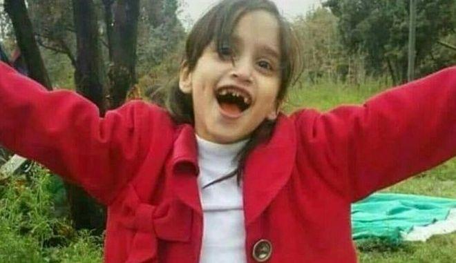 Ιράν: 18χρονος απαγχονίστηκε για τον βιασμό και δολοφονία 6χρονης Αφγανής