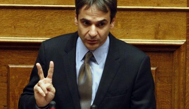 ΑΘΗΝΑ-ΒΟΥΛΗ-Συνέχιση της συζήτησης στη Βουλή επί του κρατικού προϋπολογισμού για το 2014// ΣΤΗ ΦΩΤΟΓΡΑΦΙΑ Ο ΥΠΟΥΡΓΟΣ ΔΙΟΙΚΗΤΙΚΗΣ ΜΕΤΑΡΡΥΘΜΙΣΗΣ ΚΥΡΙΑΚΟΣ ΜΗΤΣΟΤΑΚΗΣ.(EUROKINISSI-ΓΙΩΡΓΟΣ ΚΟΝΤΑΡΙΝΗΣ)
