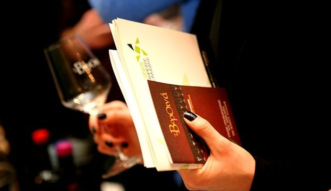 Μόνο το 30% του ελληνικού οίνου δηλώνεται