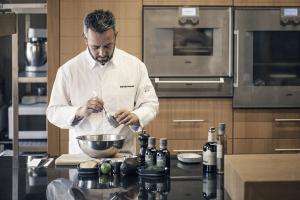 Όλοι στη Μεσσηνία μιλούν για τον chef Γιάννη Παρίκο