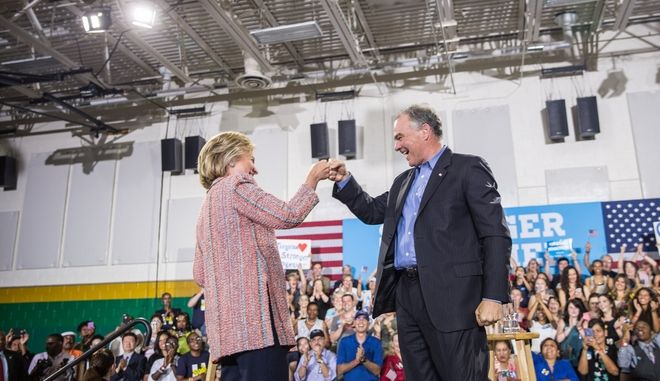 Η Χίλαρι Κλίντον επέλεξε τον Τιμ Κέιν για τη θέση του υποψήφιου αντιπροέδρου
