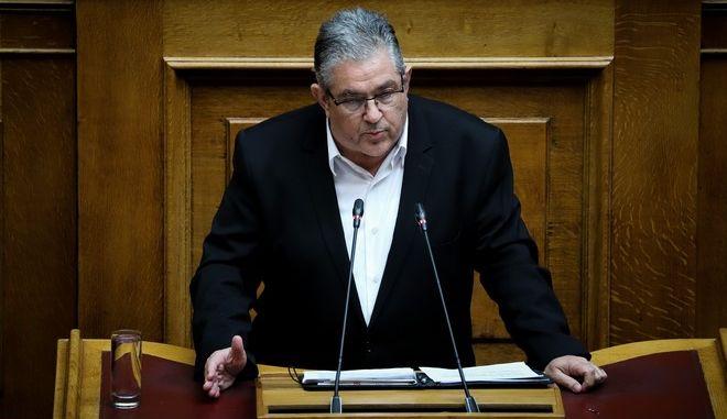 Στιγμιότυπο από τη συζήτηση στην Ολομέλεια της Βουλής για τη διεκδίκηση των γερμανικών οφειλών
